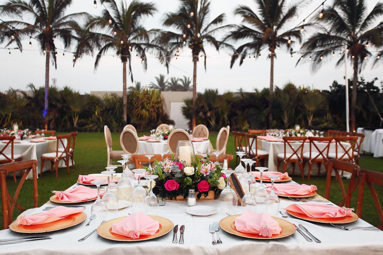 Jardín de Eventos 7.17 - Figueroa's Gourmet Services