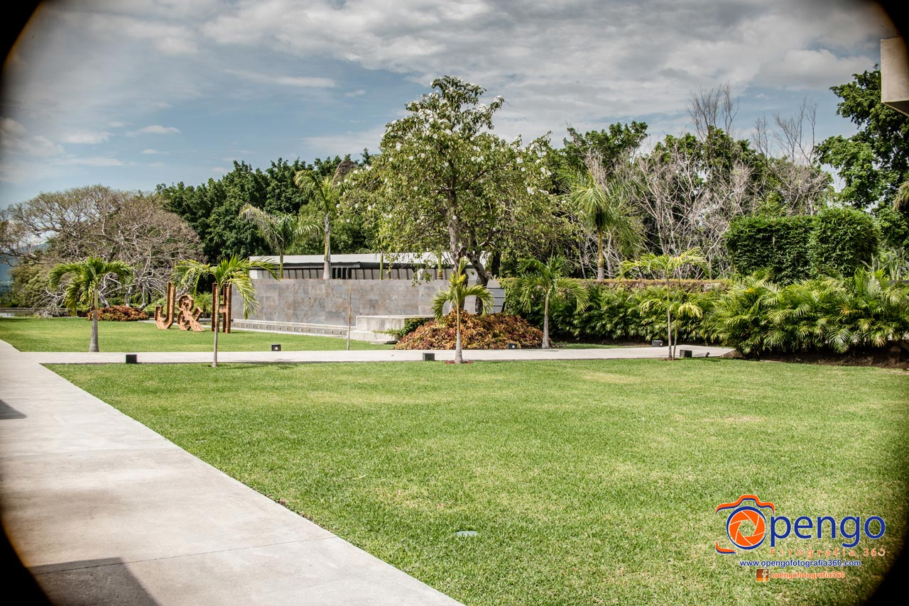 Jardín Puerta de Agua - Figueroa's Gourmet Services